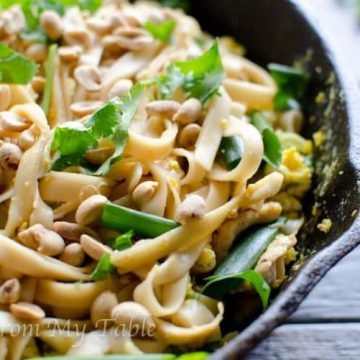 vegetable pad thai with peanuts and cilantro