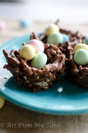 birds nest cookies filled with chocolate eggs