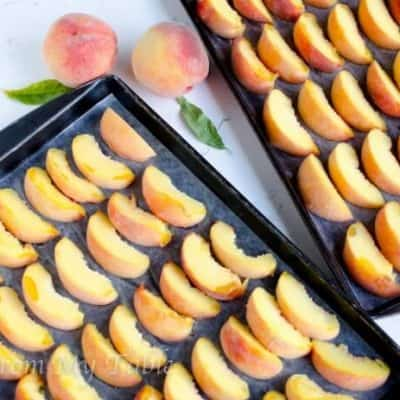 How To Freeze Peaches {no sugar}