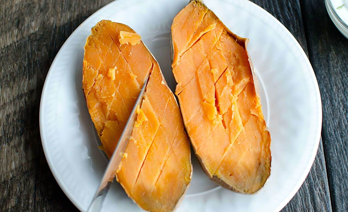 skinny chicken stuffed sweet potatoes