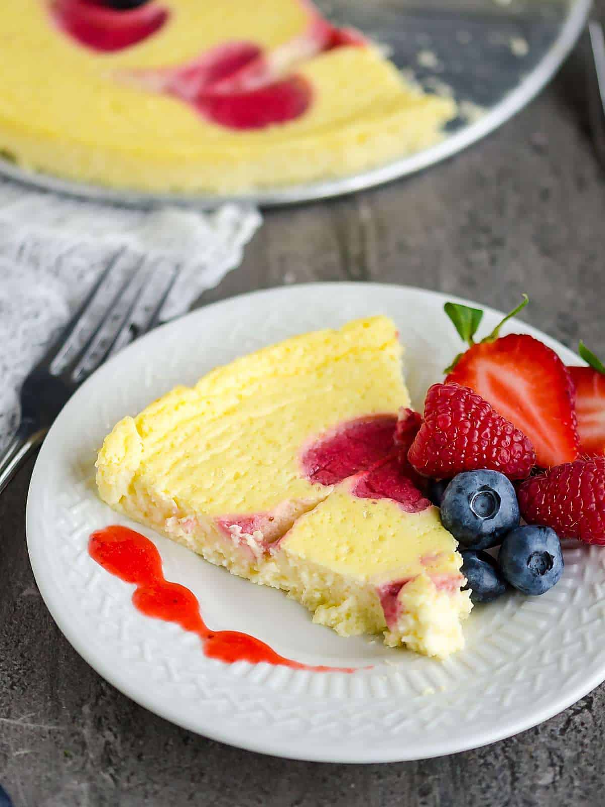 How To Make The Perfect Cheesecake Without All The Calories But Still All The Flavor