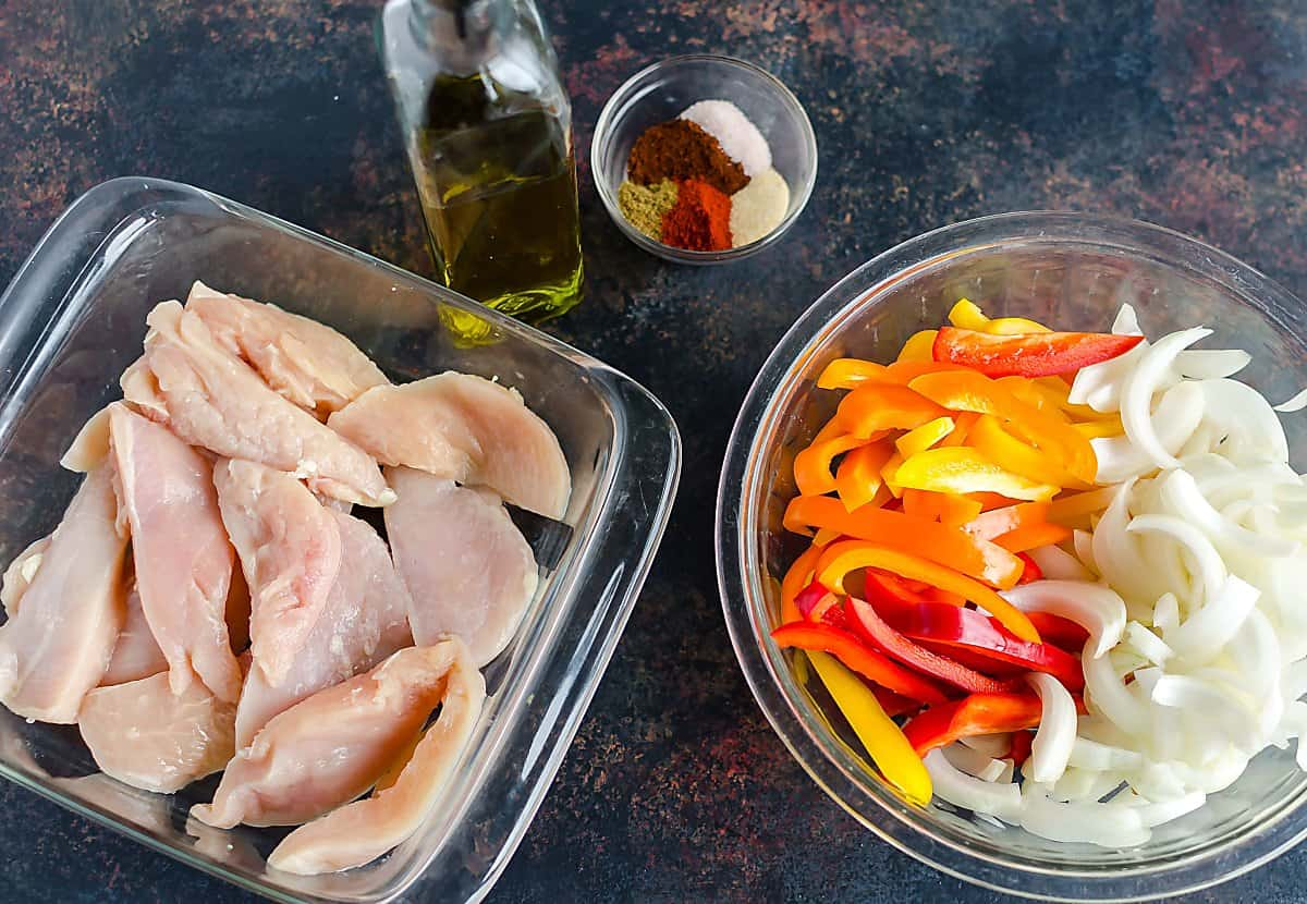 how to cook chicken fajitas in a pan