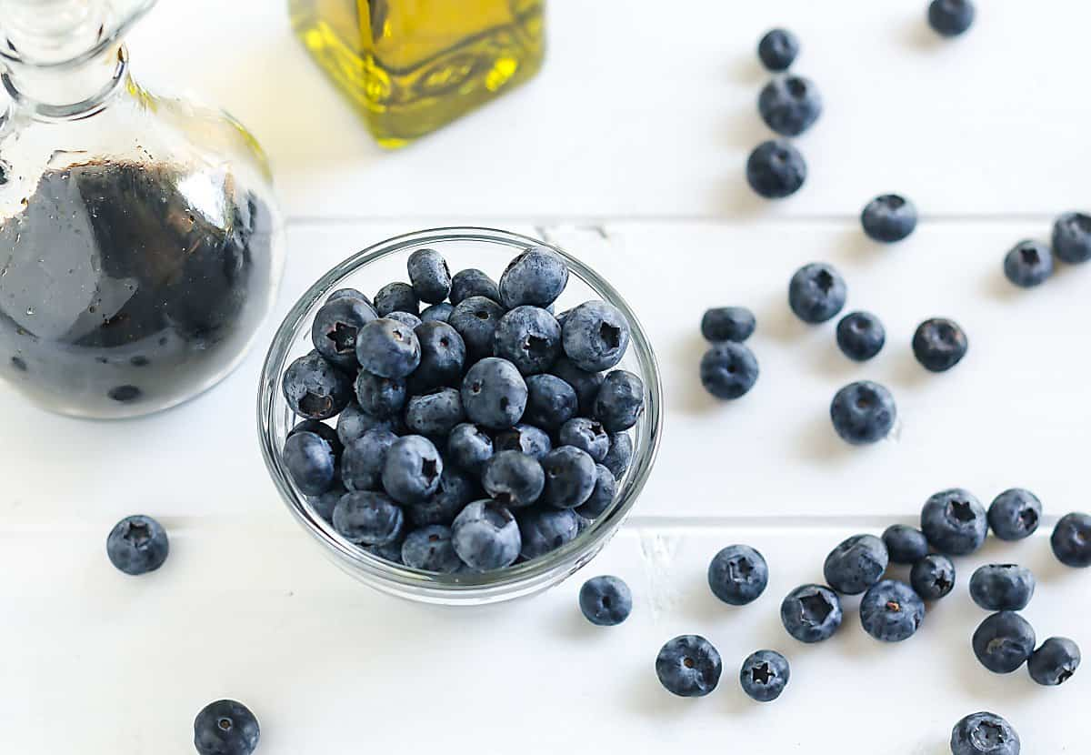 blueberry balsamic vinaigrette ingredients