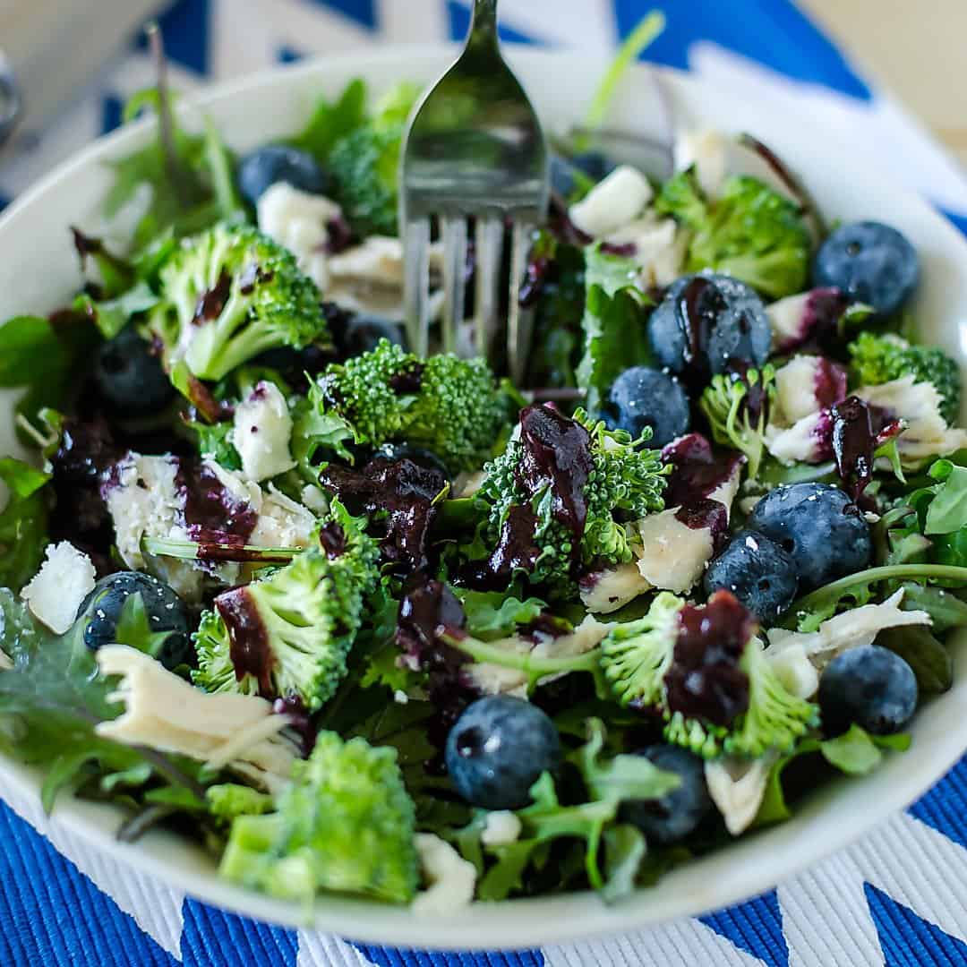 healthy broccoli salad