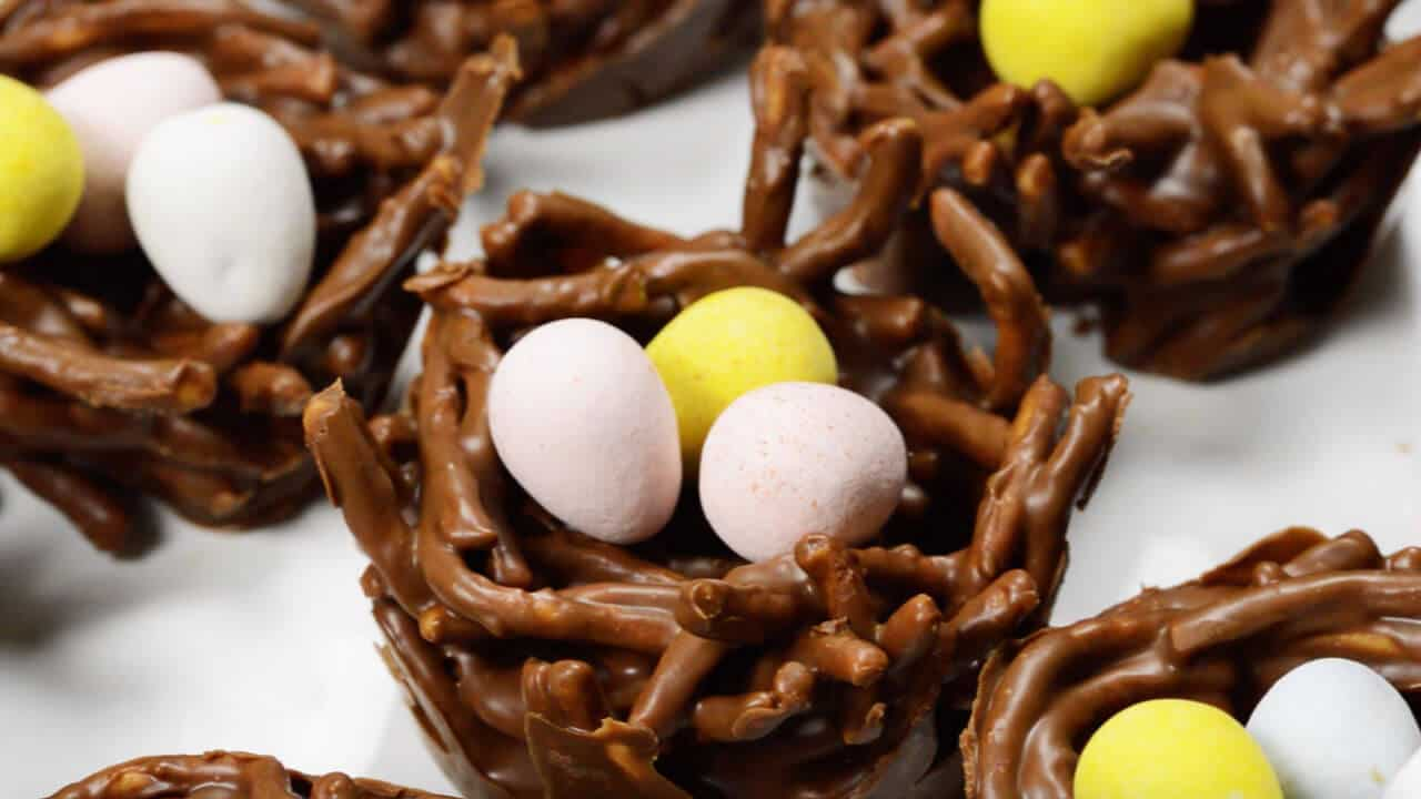 birds nest cookies filled with candy eggs