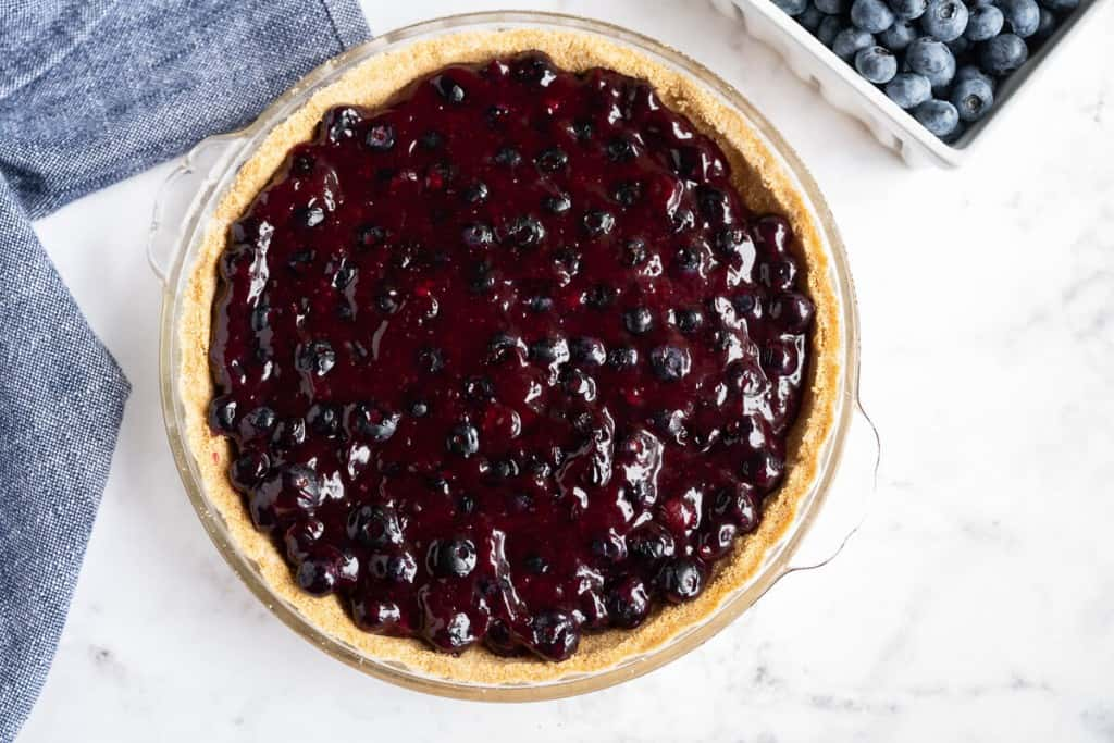 graham cracker crust with blueberry pie filling, without the finished fresh blueberries